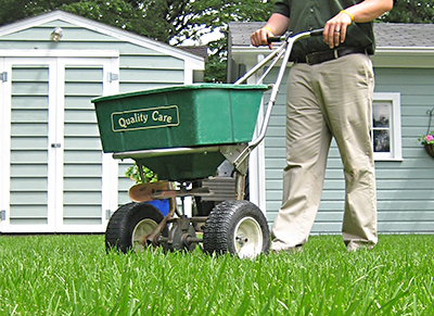 Lawn Treatments in Des Moines IA